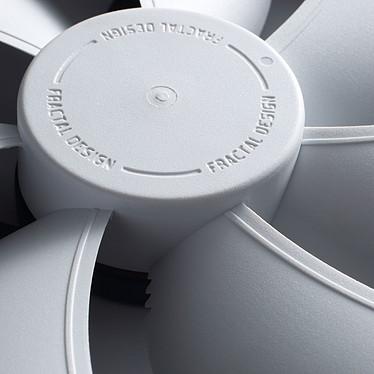 Avis Fractal Design Dynamic X2 GP-12 PWM (Blanc)