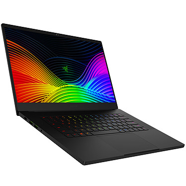 "Razer Blade 15 (RZ09-03018F02-R3F1) Intel Core i7-9750H 16 Go SSD 512 Go 15.6"" Full HD 240 Hz NVIDIA GeForce RTX 2080 8 Go Wi-Fi AX/Bluetooth Webcam Windows 10 Famille 64 bits"