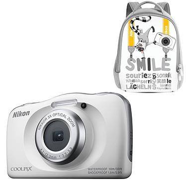 "Nikon Coolpix W150 Blanc + Sac à dos Appareil photo 13.2 MP - Zoom optique 3x - Vidéo Full HD - HDMI - USB - Écran ACL TFT 2.3"" - Wi-Fi - Bluetooth - Boîtier étanche + sac à dos"