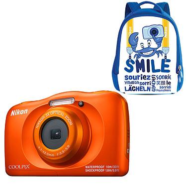 """Nikon Coolpix W150 Orange + Sac à dos Appareil photo 13.2 MP - Zoom optique 3x - Vidéo Full HD - HDMI - USB - Écran ACL TFT 2.3"""" - Wi-Fi - Bluetooth - Boîtier étanche + sac à dos"""