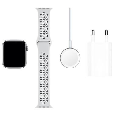 Acheter Apple Watch Series 5 Nike GPS Aluminium Argent Bracelet Sport Platine Pur/Noir 44 mm