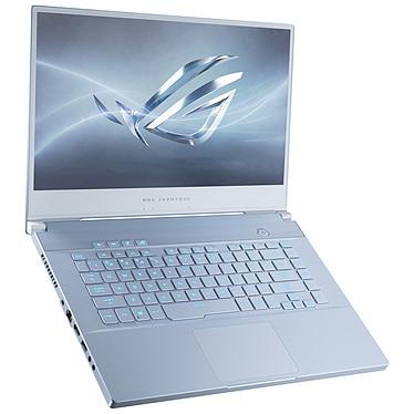 "ASUS ROG Zephyrus M GU532GU-AZ084T Intel Core i7-9750H 16 Go SSD 512 Go 15.6"" LED Full HD 240 Hz NVIDIA GeForce GTX 1660 Ti 6 Go Wi-Fi AC/Bluetooth Windows 10 Famille 64 bits"