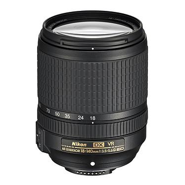Nikon D3500 + AF-S DX NIKKOR 18-140mm f/3.5-5.6G ED VR pas cher