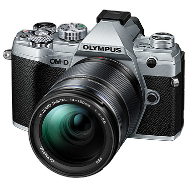 Avis Olympus E-M5 Mark III Argent + 14-150 mm Noir