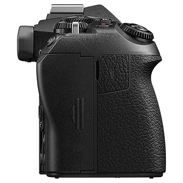 Avis Olympus E-M1 Mark III Noir + 12-40mm Noir