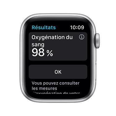 Avis Apple Watch Nike Series 6 GPS Aluminium Silver Bracelet Sport Pure Platinum Black 40 mm