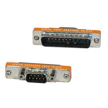 Mini adaptateur DB9 mâle / DB25 mâle
