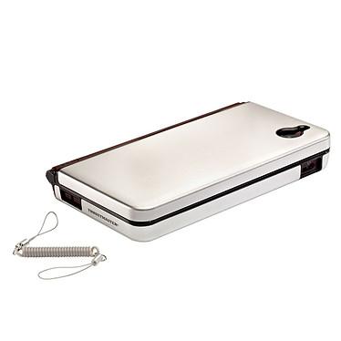 Thrustmaster Metal Case Platinum Silver (Nintendo DSi XL) Thrustmaster Metal Case Platinum Silver (Nintendo DSi XL)