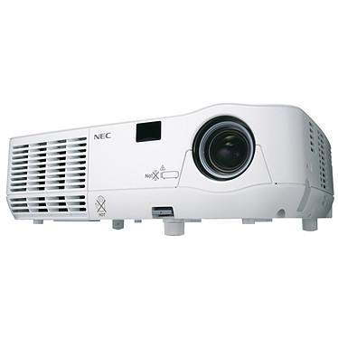 NEC NP216-3D Vidéoprojecteur DLP XGA 3D Ready 2500 Lumens (garantie constructeur 3 ans sur site / lampe 6 mois ou 1000h)