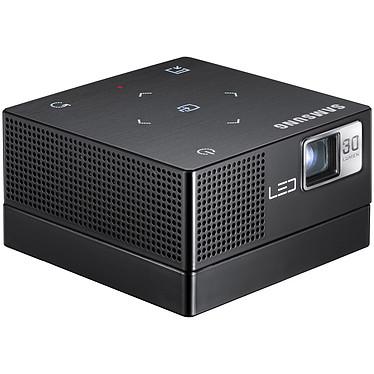 Samsung SP-H03 Samsung SP-H03 -  Projecteur de poche à LED WVGA 30 Lumens avec 1 Go de mémoire interne