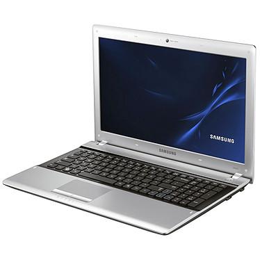 "Samsung RV511 E7P-C5480 Intel Core i5-480M 4 Go 500 Go 15.6"" LED Graveur DVD Wi-Fi N/Bluetooth Webcam Windows 7 Premium 64 bits"