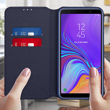 Avis Avizar Etui folio Bleu pour Samsung Galaxy A7 2018